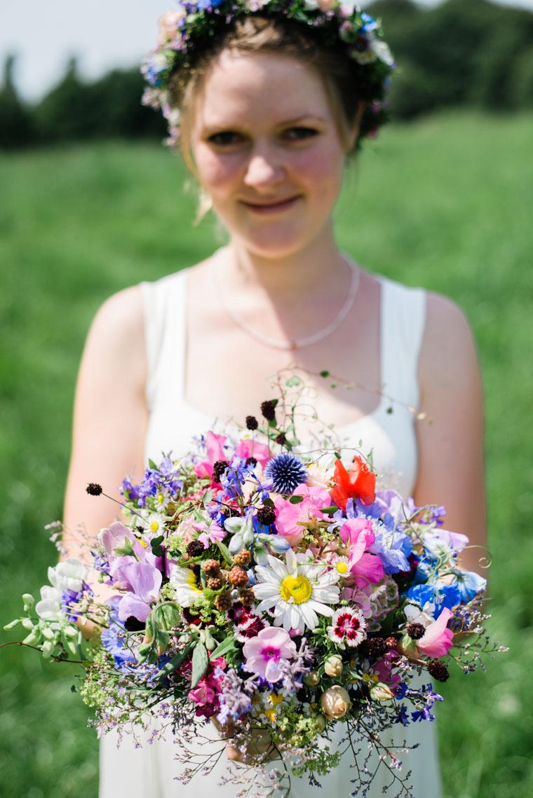 Braut mit Brautstrauss Bouquet