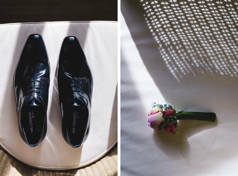Detailaufnahme Accessoires Schuhe und Ansteckblume Bräutigam
