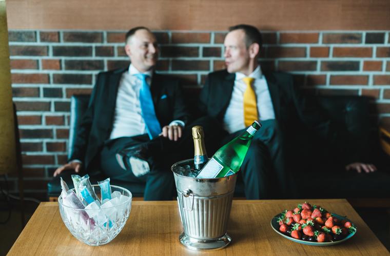 Joerg-Sascha-Berlin-Hochzeitsfotograf-Gay-Wedding-Panam-Lounge-Tilman-Vogler_30