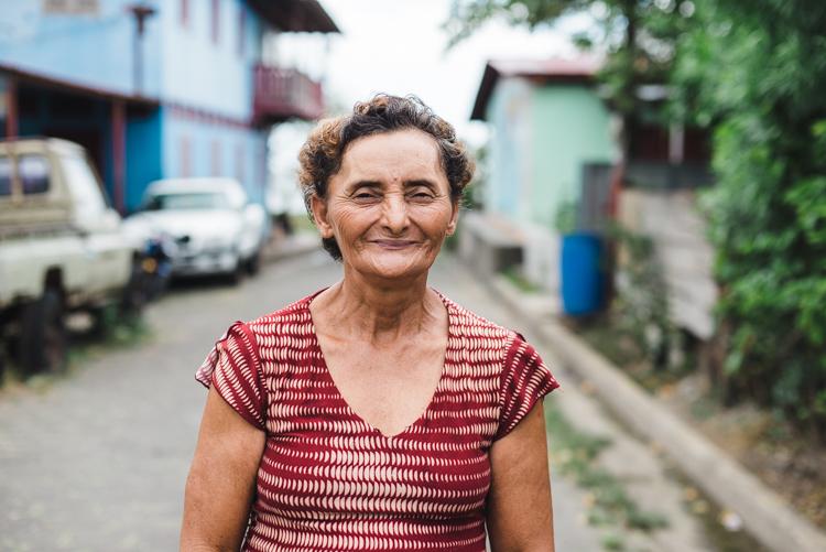 """Juana, 50, kam im Fischerdorf """"San Miguelito"""" auf mich zu und wollte fotografiert werden."""