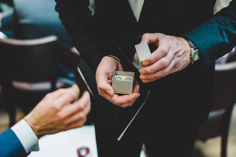 Tilman-Vogler-Hochzeitsfotograf-Berlin-Museumsinsel-Ermelerhaus-Gendarmenmarkt-Hochzeitsfotografie-Hochzeitsreportage_11