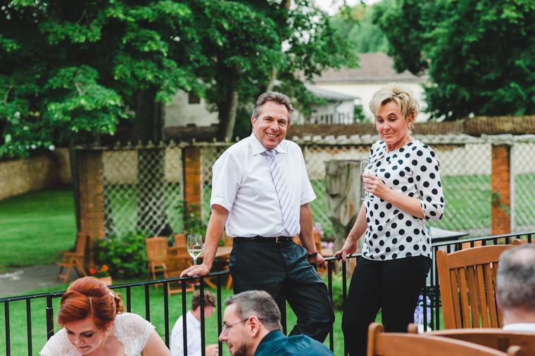 Schnappschuss von Hochzeitsgästen