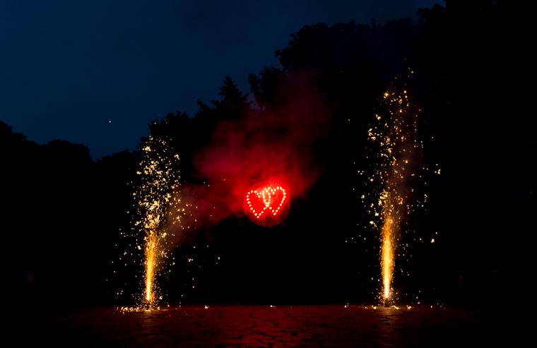 Feuerwerk Hochzeit Heiraten Herz Feuer