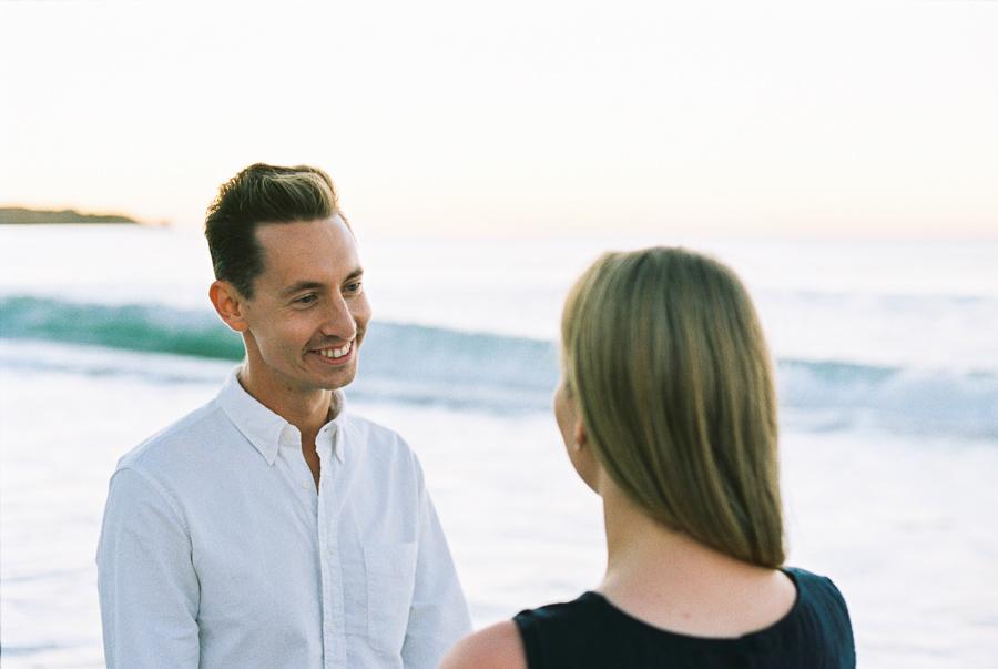 Verlobter am Strand