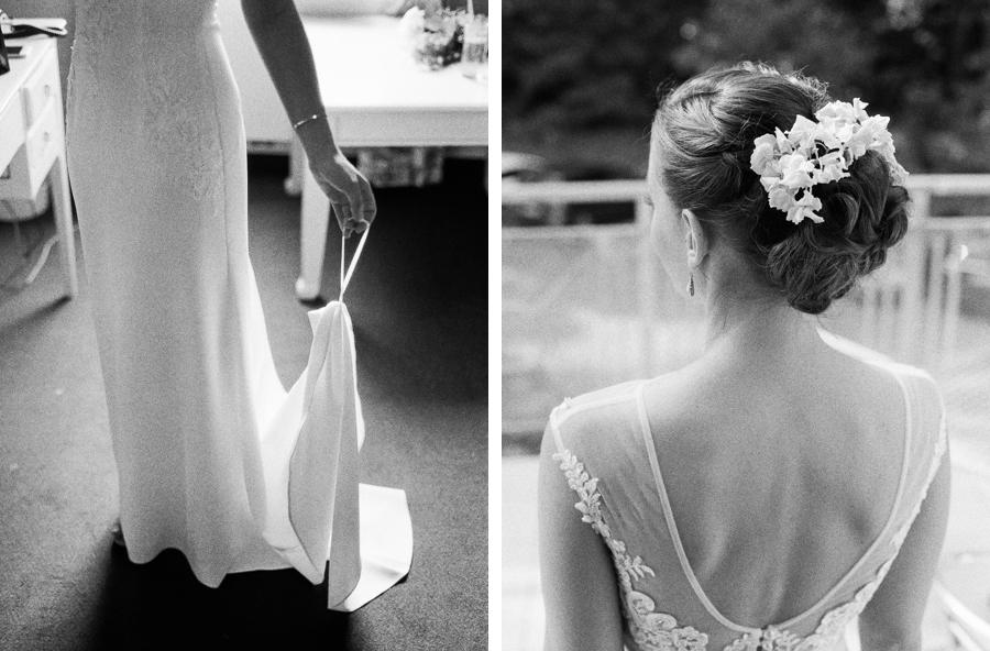 Braut hält Schleppe