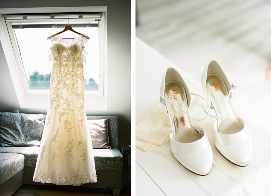 Brautkleid und Schuhe beim Getting Ready