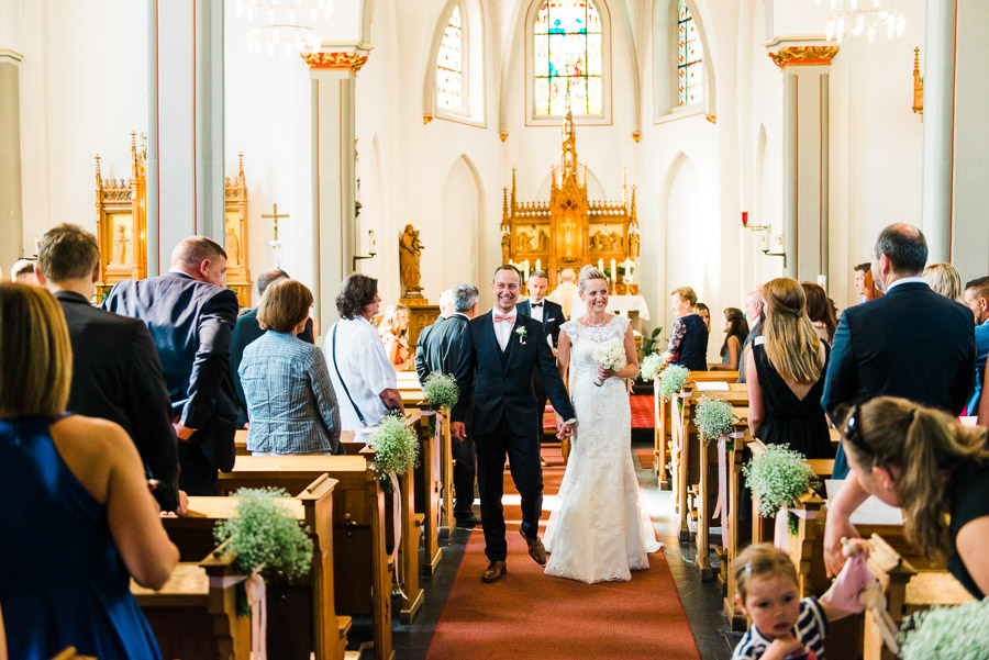 Auszug Hochzeitspaar