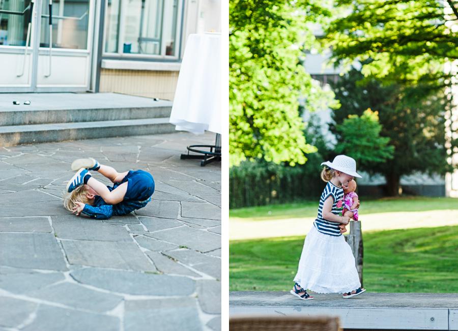 Kinder machen Quatsch auf Hochzeit