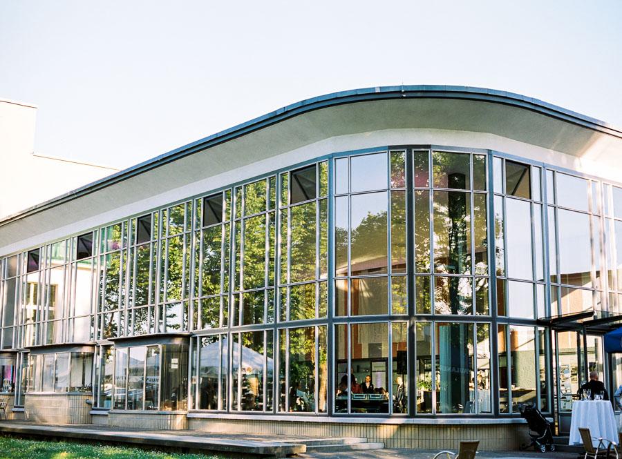 Fassade des alten Hauptbahnhofs in Solingen