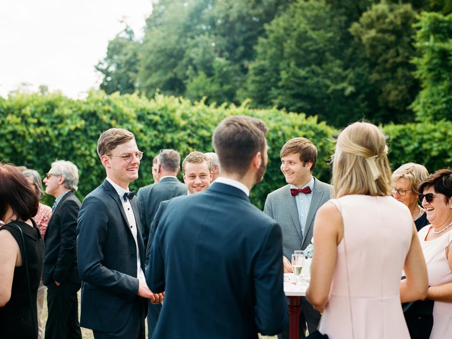Freunde auf Hochzeit