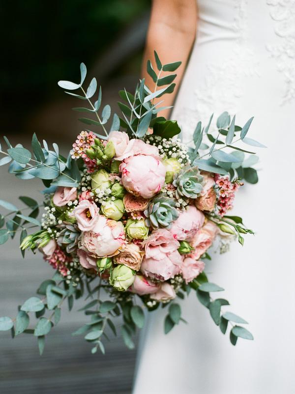 Nahaufnahme schöner Brautstrauss