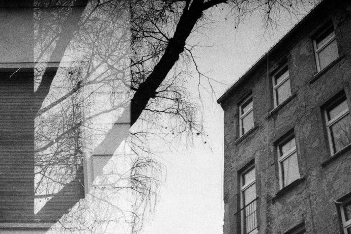 Doppelbelichtung Berliner Hinterhaus
