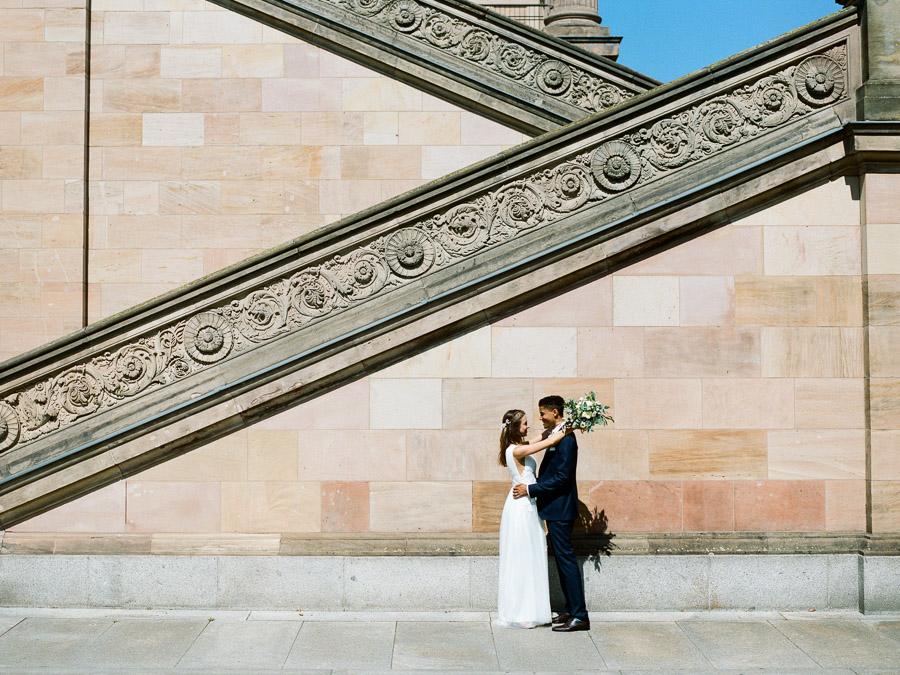 Paarfoto auf der Museumsinsel
